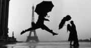 Beijos e guarda-chuvas