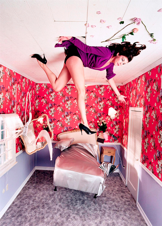 David Lachapelle constrói cenários e situações para transformar em imagem cenas que existiam apenas em sua imaginação.