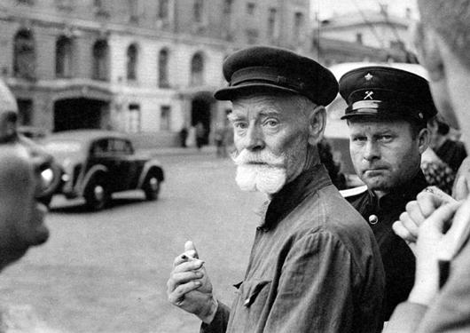 Bresson foi o primeiro estrangeiro a fotografar a URSS após a morte de Stalin, e suas fotos tiveram grande repercussão na mídia ocidental (1954)