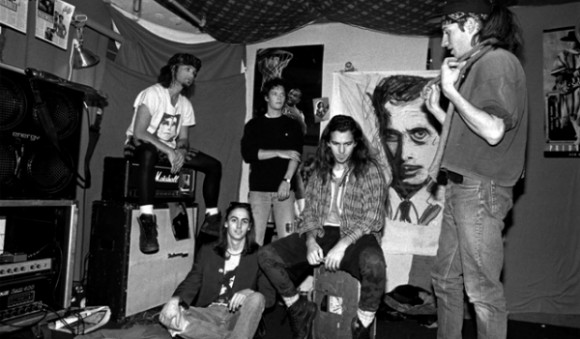 Clubbers - Cena de Hackers Piratas Ciberbéticos 1995